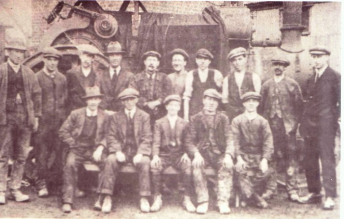 Staff at The LeadlessWhite Manufacturing Co Ltd  Eggshill Lane Yaters